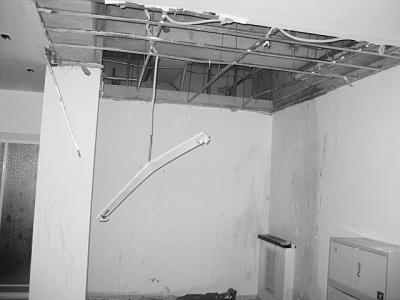 厂房装修-天花吊顶.jpg